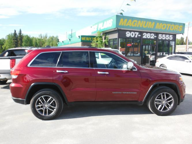 2018 Red /Black Leather Jeep Grand Cherokee Limited 4WD (1C4RJFBG5JC) with an 3.6L V6 DOHC 24V engine, 8A transmission, located at 44152 Sterling Highway, Soldotna, AK, 99669, (907) 262-5555, 60.484917, -151.062408 - Photo #0