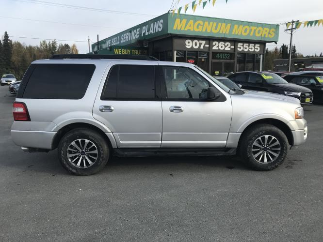 2017 Silver /gray Ford Expedition XLT 4WD (1FMJU1JT8HE) with an 3.5L V6 DOHC 24V FFV engine, 6A transmission, located at 44152 Sterling Highway, Soldotna, AK, 99669, (907) 262-5555, 60.484917, -151.062408 - Photo #0