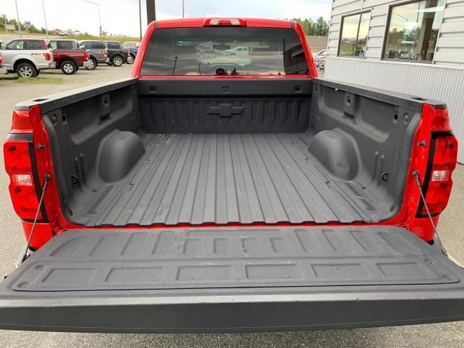 2017 Red /Black Chevrolet Silverado 1500 LT Crew Cab 4WD (3GCUKREC7HG) with an 5.3L V8 OHV 16V engine, 6A transmission, located at 1960 Industrial Drive, Wasilla, AK, 99654, (907) 376-5555, 61.573475, -149.400146 - Photo #16
