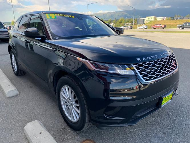 2019 Black /Black Land Rover Range Rover Velar Velar (SALYA2EX9KA) with an 2.0L L4 DOHC 16V engine, 8A transmission, located at 1960 Industrial Drive, Wasilla, AK, 99654, (907) 376-5555, 61.573475, -149.400146 - Photo #5