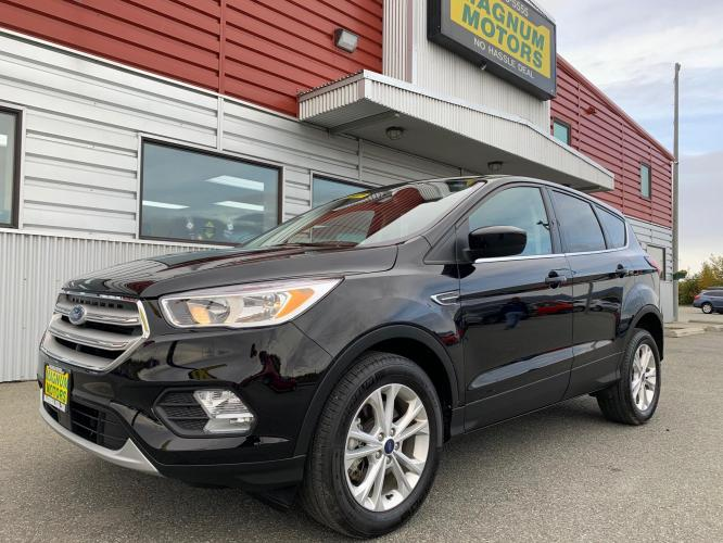2019 Black /Black Ford Escape SE 4WD (1FMCU9GD8KU) with an 1.5L L4 DOHC 16V engine, 6A transmission, located at 1960 Industrial Drive, Wasilla, AK, 99654, (907) 376-5555, 61.573475, -149.400146 - Photo #0
