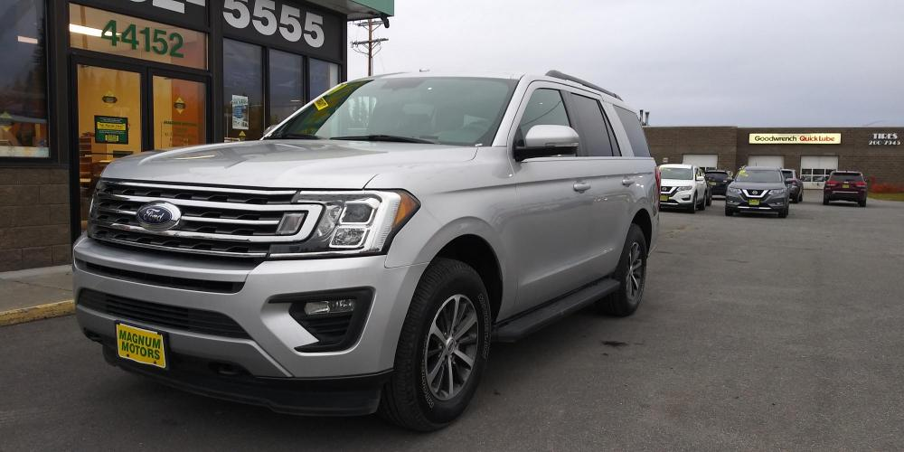 2019 Silver Ford Expedition XLT 4WD (1FMJU1JT3KE) with an 3.5L V6 DOHC 24V FFV engine, 6A transmission, located at 44152 Sterling Highway, Soldotna, AK, 99669, (907) 262-5555, 60.484917, -151.062408 - Photo #0