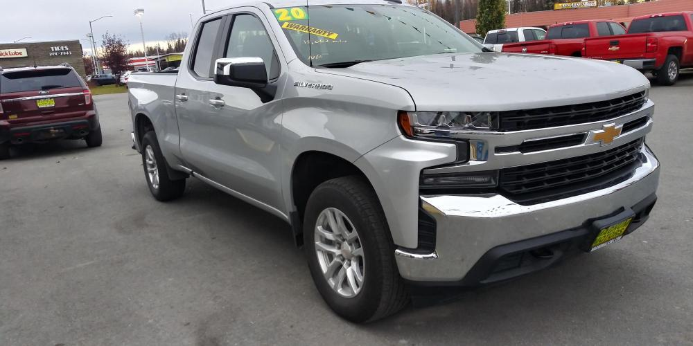 2020 Silver Chevrolet Silverado 1500 LT Double Cab 4WD (1GCRYDED1LZ) with an 5.3L V8 OHV 16V engine, 6A transmission, located at 44152 Sterling Highway, Soldotna, AK, 99669, (907) 262-5555, 60.484917, -151.062408 - Photo #7