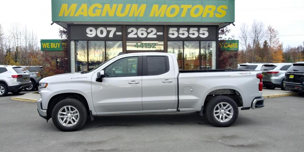 2020 Silver Chevrolet Silverado 1500 LT Double Cab 4WD (1GCRYDED1LZ) with an 5.3L V8 OHV 16V engine, 6A transmission, located at 44152 Sterling Highway, Soldotna, AK, 99669, (907) 262-5555, 60.484917, -151.062408 - Photo #1
