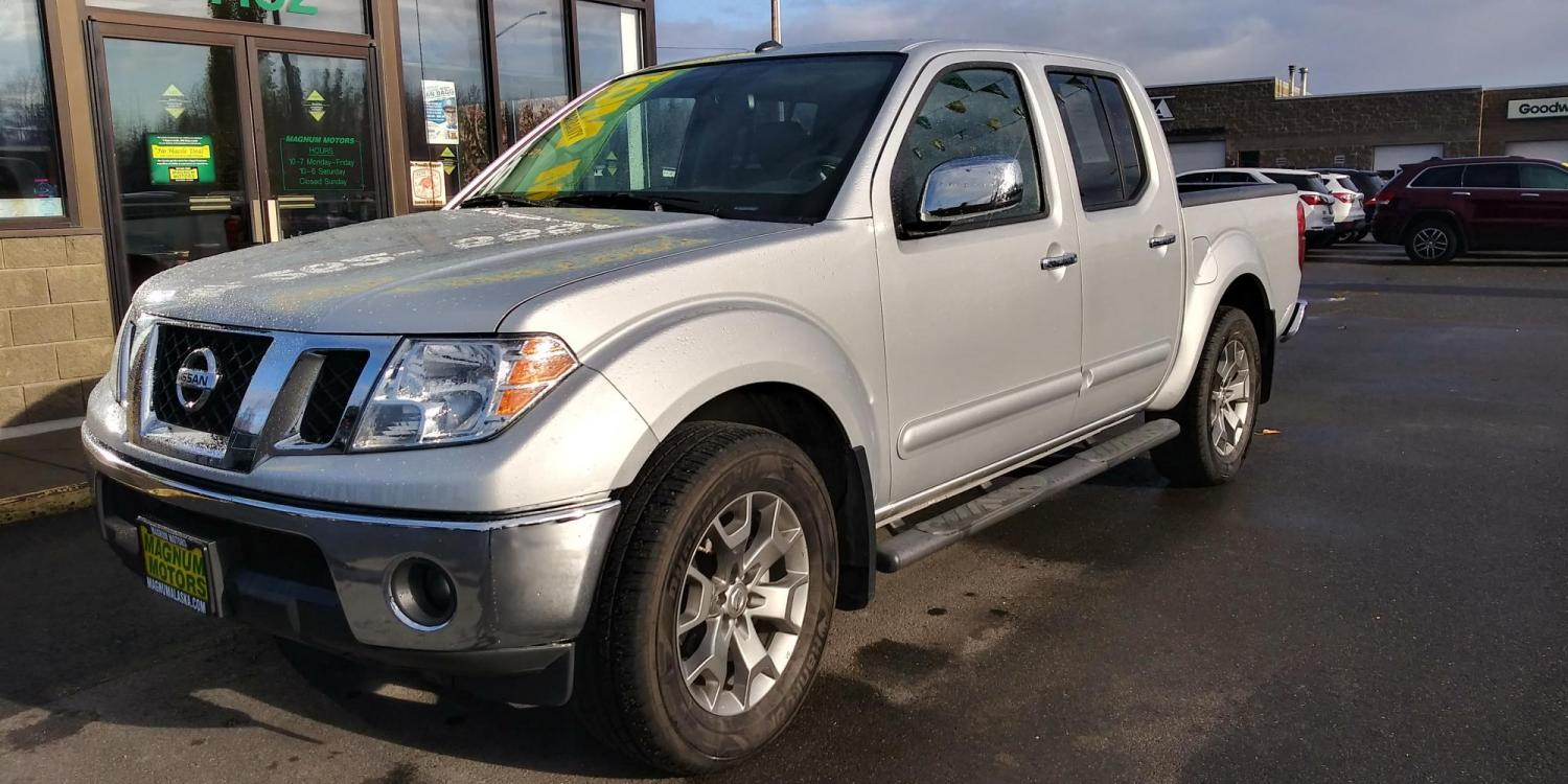 2019 Silver Nissan Frontier SL Crew Cab 5AT 4WD (1N6AD0EV0KN) with an 4.0L V6 DOHC 24V engine, 5A transmission, located at 44152 Sterling Highway, Soldotna, 99669, (907) 262-5555, 60.484917, -151.062408 - Photo #0
