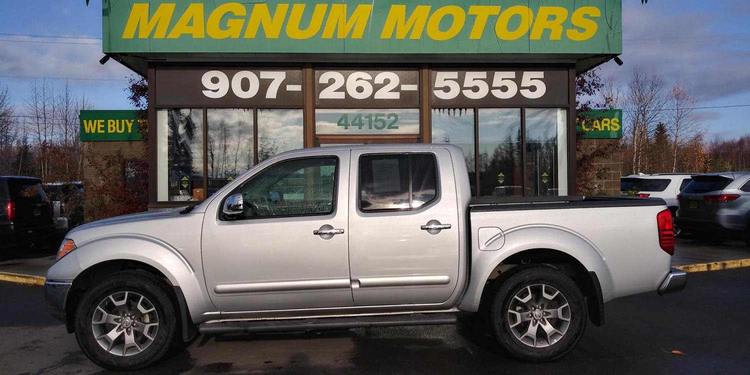 2019 Silver Nissan Frontier SL Crew Cab 5AT 4WD (1N6AD0EV0KN) with an 4.0L V6 DOHC 24V engine, 5A transmission, located at 44152 Sterling Highway, Soldotna, 99669, (907) 262-5555, 60.484917, -151.062408 - Photo #2