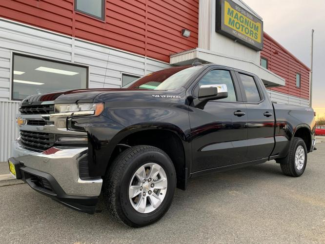 2020 Black /Black Chevrolet Silverado 1500 LT Double Cab 4WD (1GCRYDED7LZ) with an 5.3L V8 OHV 16V engine, 6A transmission, located at 1960 Industrial Drive, Wasilla, AK, 99654, (907) 376-5555, 61.573475, -149.400146 - Photo #0