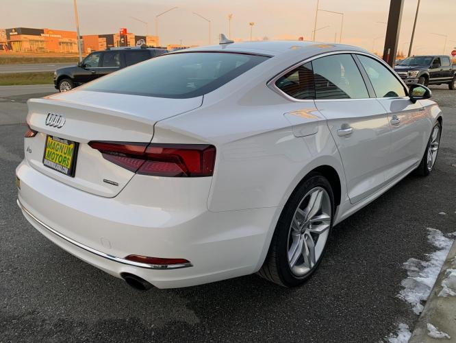 2019 White /Black Audi A5 Premium Sportback quattro (WAUANCF55KA) with an 2.0L L4 DOHC 16V TURBO engine, 7A transmission, located at 1960 Industrial Drive, Wasilla, AK, 99654, (907) 376-5555, 61.573475, -149.400146 - Photo #4