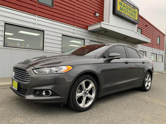 2016 Gray /Black Ford Fusion SE AWD (3FA6P0T9XGR) with an 2.0L L4 DOHC 16V engine, 6A transmission, located at 1960 Industrial Drive, Wasilla, AK, 99654, (907) 376-5555, 61.573475, -149.400146 - Photo #0