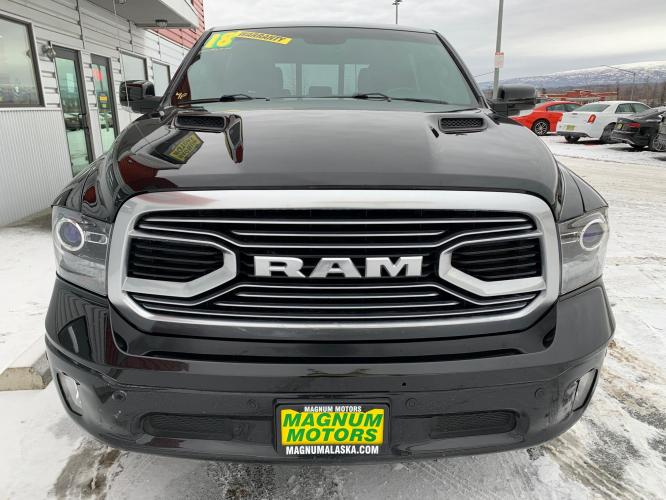 2018 Black /Black RAM 1500 Limited Crew Cab LWB 4WD (1C6RR7WT8JS) with an 5.7L V8 OHV 16V engine, 8A transmission, located at 1960 Industrial Drive, Wasilla, AK, 99654, (907) 376-5555, 61.573475, -149.400146 - Photo #7