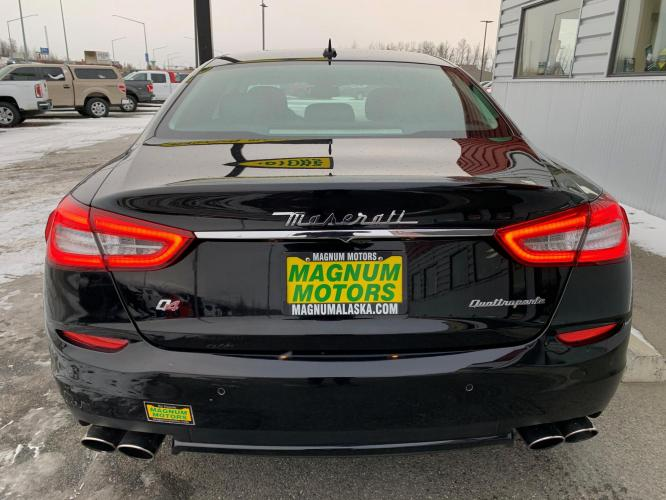 2015 Black /Black Maserati Quattroporte S Q4 (ZAM56RRA5F1) with an 30.0L V6 DOHC 24V engine, 8-Speed Automatic transmission, located at 1960 Industrial Drive, Wasilla, AK, 99654, (907) 376-5555, 61.573475, -149.400146 - Photo #3