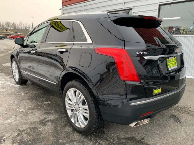 2019 Black /Black Cadillac XT5 Premium Luxury (1GYKNERS2KZ) with an 3.6L V6 DOHC 24V engine, 8A transmission, located at 44152 Sterling Highway, Soldotna, AK, 99669, (907) 262-5555, 60.484917, -151.062408 - Photo #3