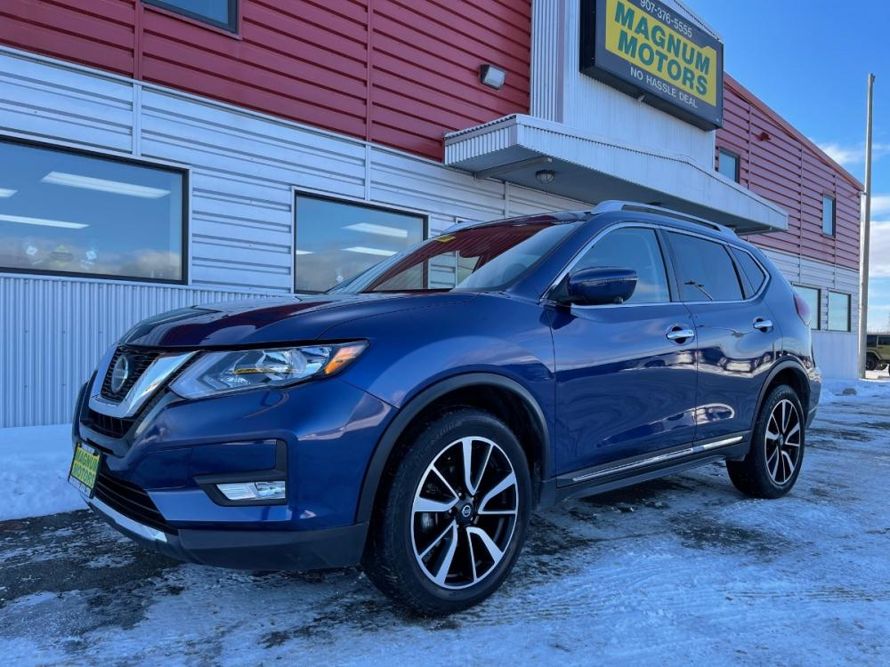 2019 Blue /Black Nissan Rogue SL AWD (5N1AT2MV0KC) with an 2.5L L4 DOHC 16V engine, CVT transmission, located at 1960 Industrial Drive, Wasilla, AK, 99654, (907) 376-5555, 61.573475, -149.400146 - Photo #0