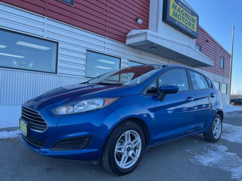 2018 Blue /Black Ford Fiesta SE Hatchback (3FADP4EJ8JM) with an 1.6L L4 DOHC 16V engine, Automatic transmission, located at 1960 Industrial Drive, Wasilla, AK, 99654, (907) 376-5555, 61.573475, -149.400146 - Photo #0