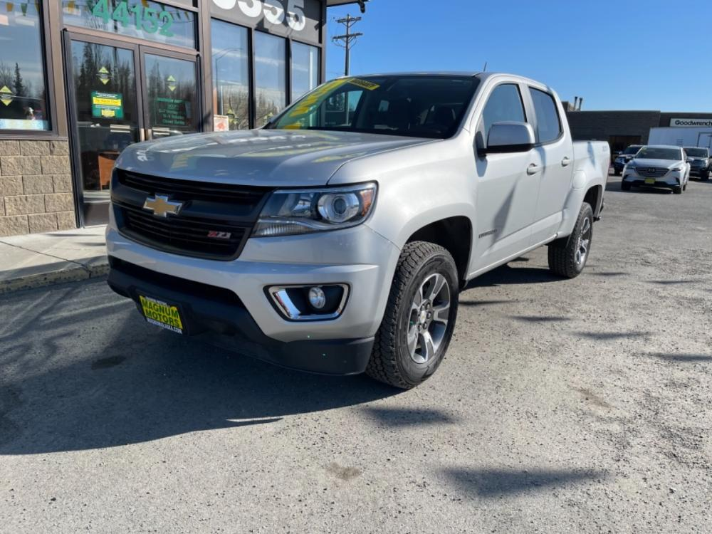 2017 Silver Chevrolet Colorado Z71 Crew Cab 4WD Long Box (1GCGTDEN4H1) with an 3.6L V6 DOHC 24V GAS engine, 6A transmission, located at 44152 Sterling Highway, Soldotna, 99669, (907) 262-5555, 60.484917, -151.062408 - Photo #0